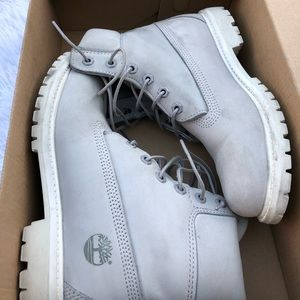 GREY X WHITE TIMBERLANDS BB